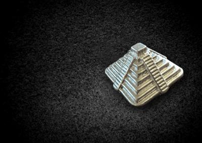 Silver_pyramid
