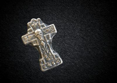 Skull-Crucifix
